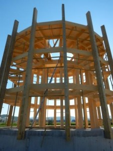 Lesena konstrukcija osrednje opazovalnice, foto: Borut Mozetič