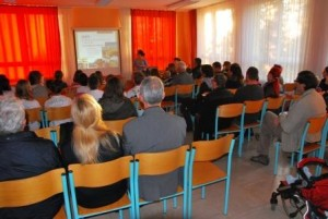 Zbrani starši in drugi zainteresirani na zaključni prireditvi, foto: Gregor Domanjko