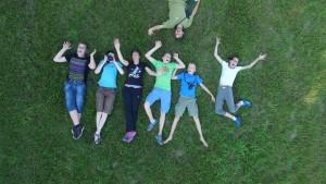 Skupina za belo storkljo med počitkom. foto: Tilen Basle