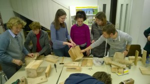 V sredo, 27. januarja smo v prostorih društva izvedli delavnico izdelovanja gnezdilnic... foto: Neža Kocjan