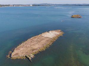 Očiščena prodnata otoka s ptičje perspektive. Foto: Tilen Basle